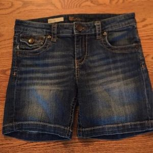 Kut from the Kloth Natalie Jean Short Size 2